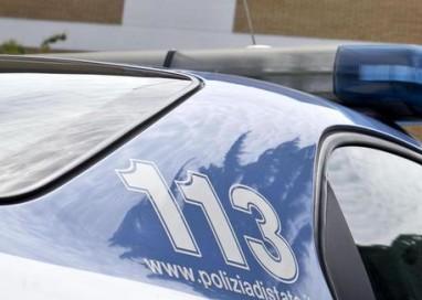 Lite tra amici, giovane ucciso a coltellate a Vercelli