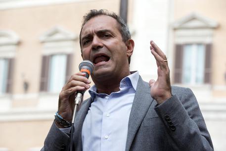De Magistris,Napoli sia 'città autonoma'