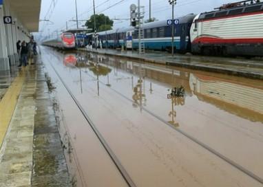 Maltempo: bloccati treni Lecce-Bari