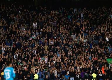 Fifa, multa a Iran per stadio a 'lutto'