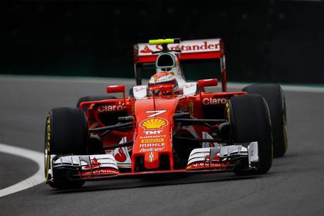 Hamilton vince in Brasile Ferrari ancora al palo