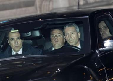 Renzi, ok manovra, Alle 19.00 da Mattarella per dimettersi