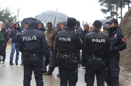 Un uomo ha sparato all'ambasciatore russo in Turchia