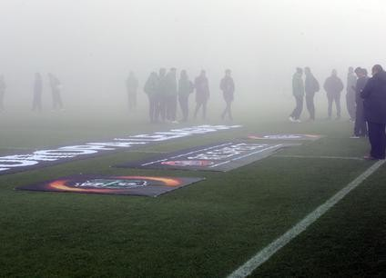 The fog at Mapei Stadium before the UEFA Europa League group F soccer match between US Sassuolo and KRC Genk  in Reggio Emilia, Italy,8 December 2016. ANSA/ELISABETTA BARACCHI
